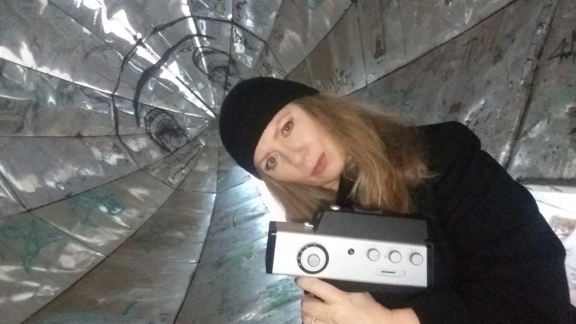 Clubkultur auf Super 8: DJ Maya über ihre Filme, Gigs und alte Rave-Zeiten
